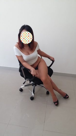 Lidia Canning Town Escort Services