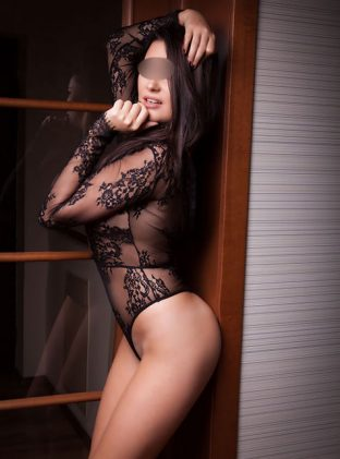 Yeni East Ham Escorts