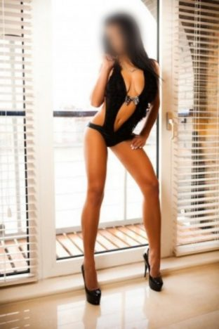 Sweet Ginger in Beaconsfield Escorts